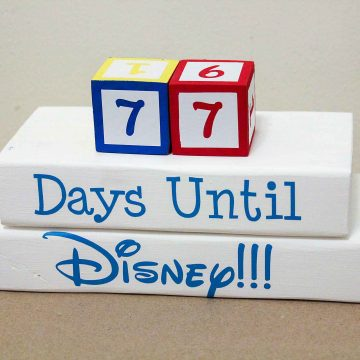 How To Make A Disney Countdown Clock (+ cut file!)