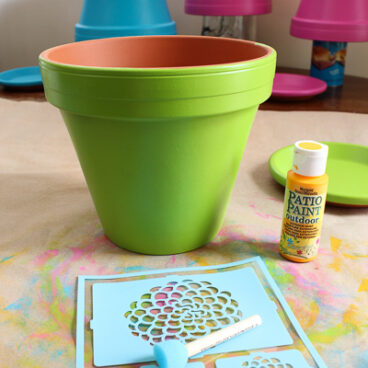 Painted Flower Pots - Ready to stencil!