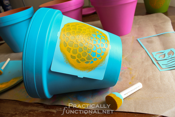 Painted Flower Pots - Stenciling