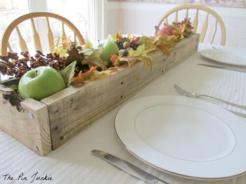 DIY Rustic Planter Box from The Pin Junkie