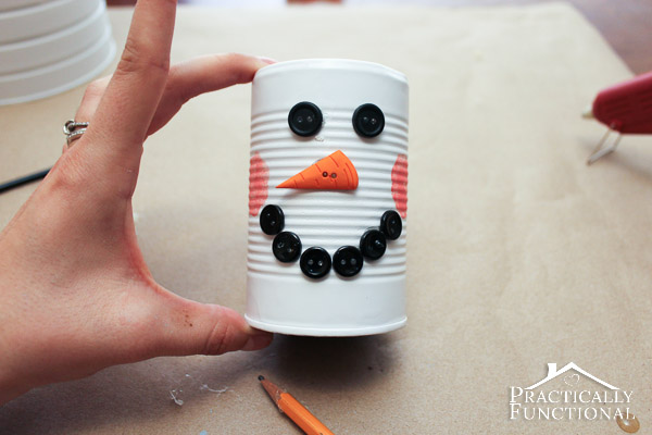 DIY Tin Can Snowman: Make this simple and easy Christmas craft in under an hour!