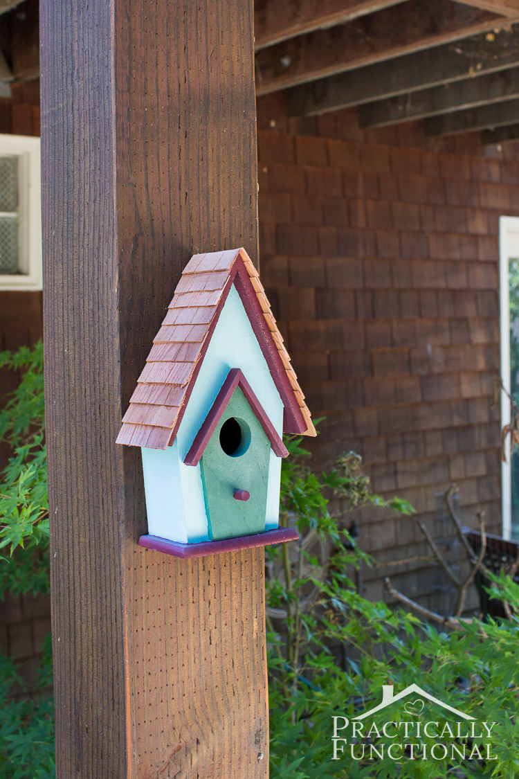 simple backyard decorating ideas paint a birdhouse