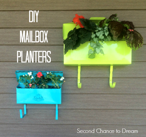 DIY Mailbox Planters from Second Chance to Dream