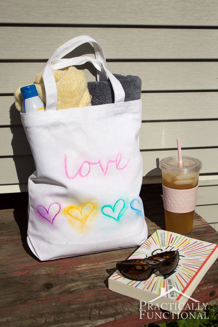 Make a watercolor tote bag in just fifteen minutes with paint pens!
