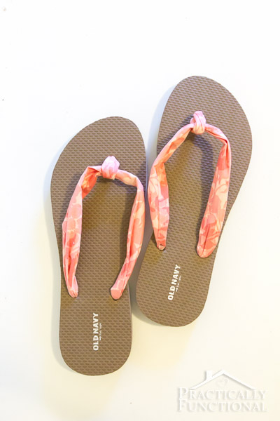 How to make fabric flip flops for under $5!-14