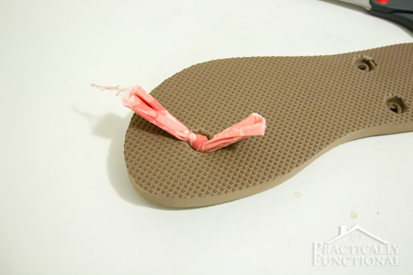 How to make fabric flip flops for under $5!-6