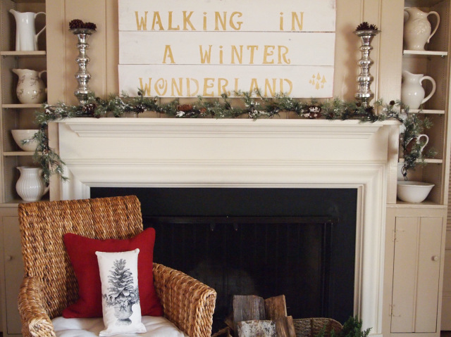 DIY Holiday Sign by Karens Up On the Hill