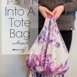 Turn an old t-shirt into a tote bag without sewing in just a few minutes! This tutorial will show you how, so easy!