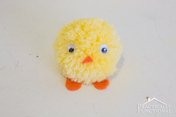 How to Make a Pompom Easter Chick