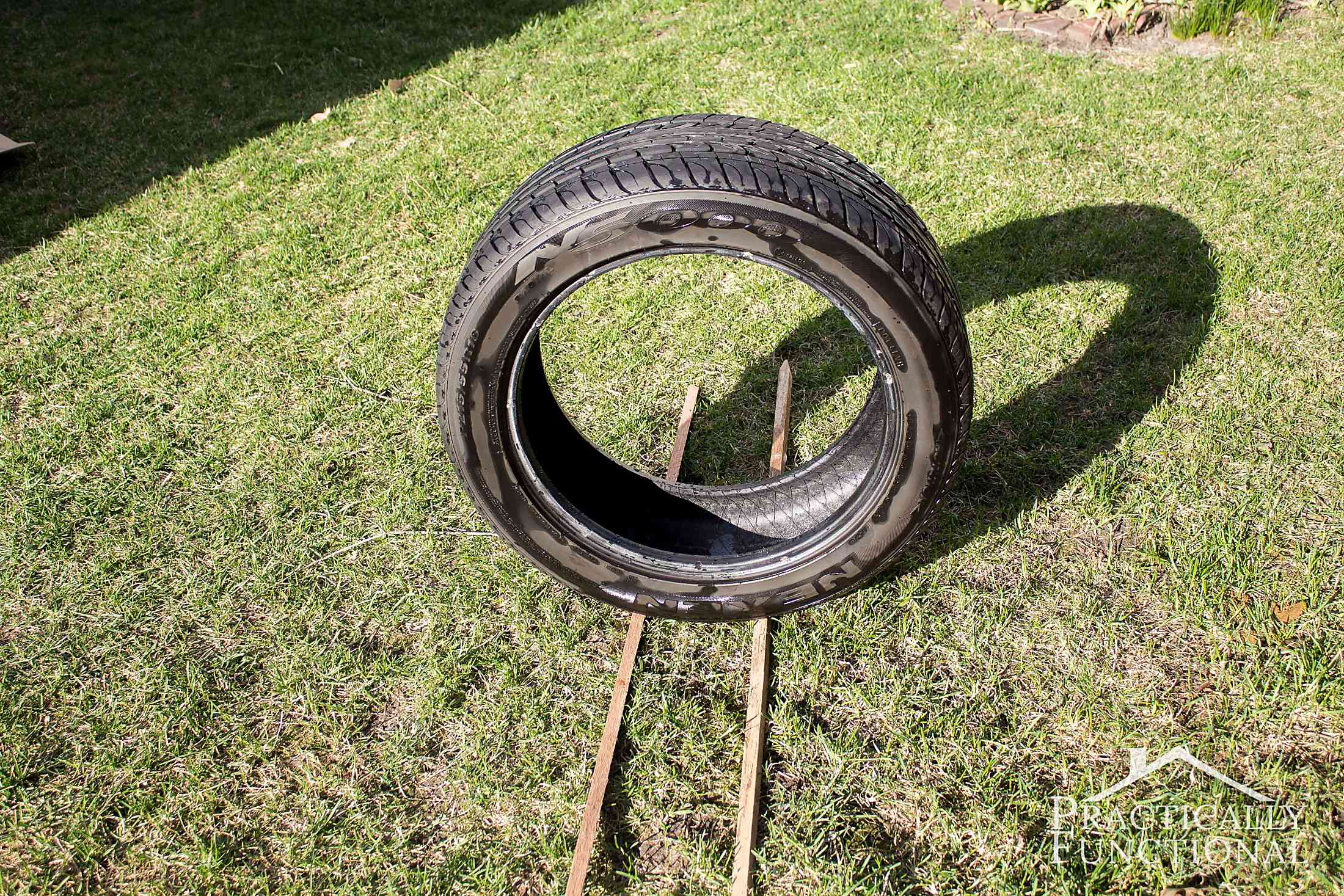 DIY Dog Bed From A Tire-5