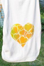 How To Tie Dye A Shirt With Spray Tie Dye!