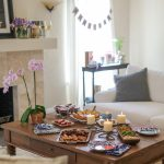 If you're looking for great housewarming party ideas, check out these 7 tips for throwing an awesome housewarming party!