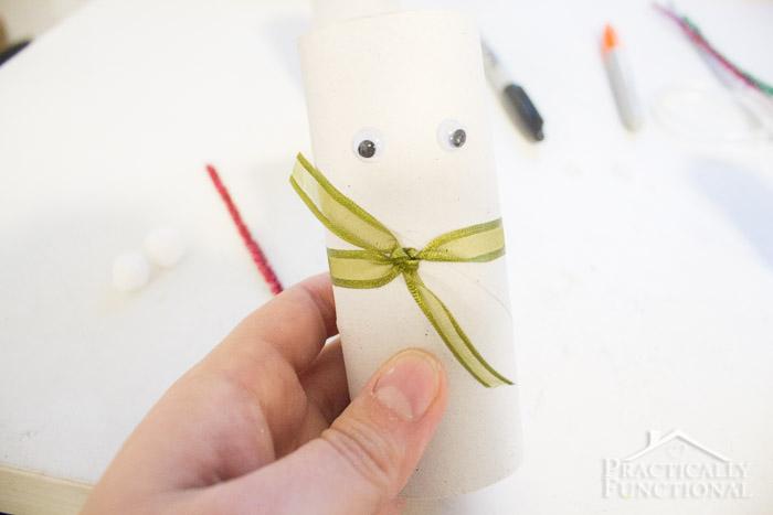 DIY Toilet Paper Roll Snowmen-11