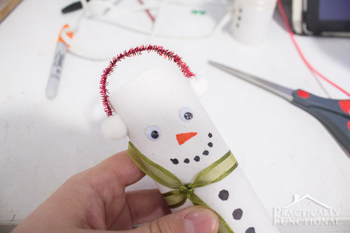 DIY Toilet Paper Roll Snowmen-14