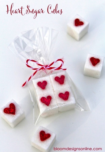 Easy heart sugar cubes - and 24 other delicious Valentine's Day treats!