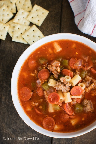 Pizza Minestrone Soup - and 26 other delicious comfort food recipes!