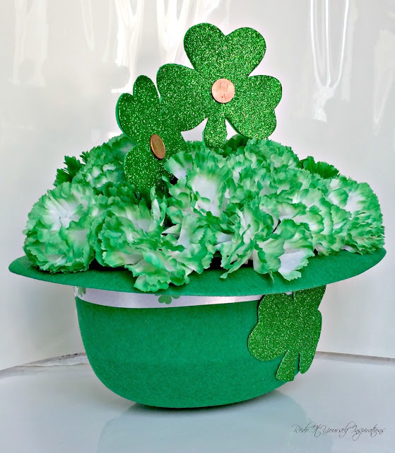DIY St. Patrick's Day centerpiece - and 16 other fun St. Patrick's Day projects!