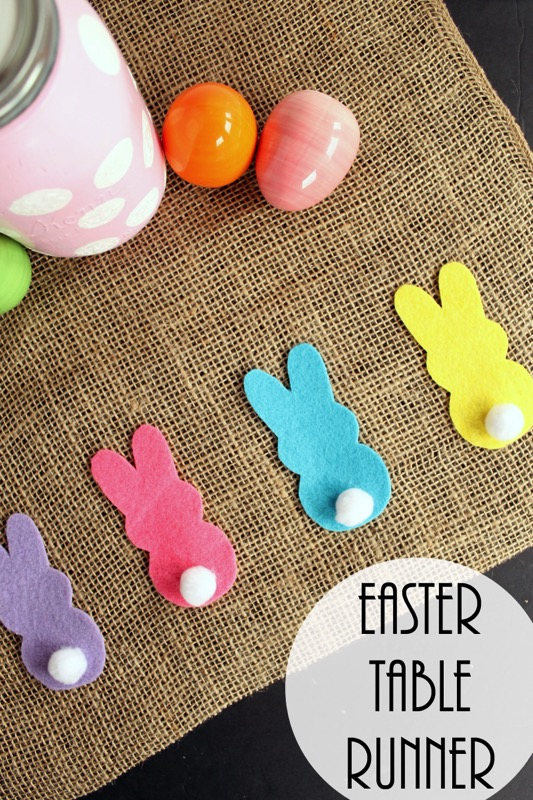 Burlap table runner for Easter - and 14 other awesome Easter crafts!