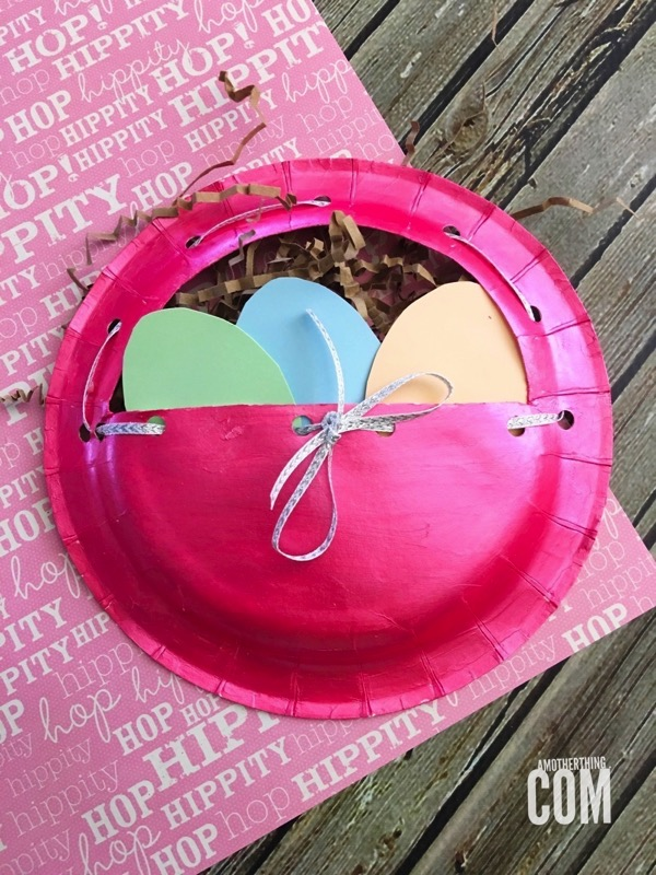 Paper plate Easter basket - and 14 other awesome Easter crafts!