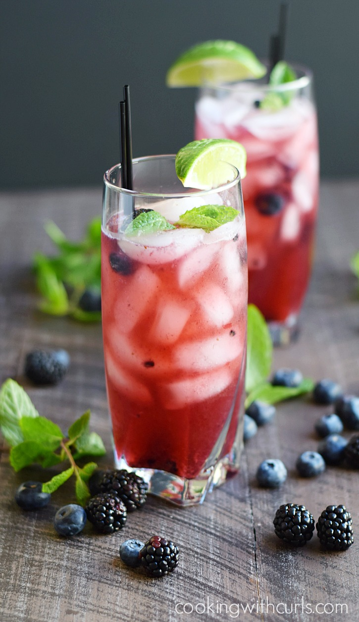 Berry Mojito - and 10 other cool, refreshing summer drink recipes!