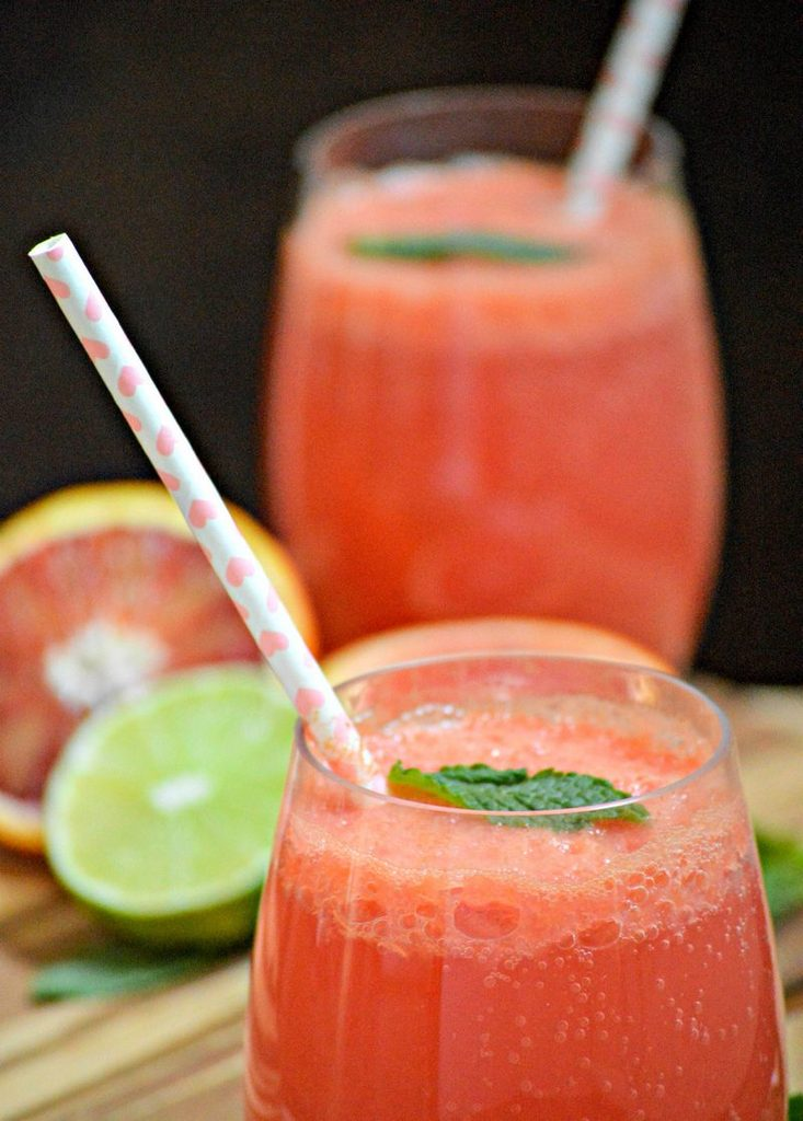 Sweet and Refreshing Strawberry Lime Spritzer