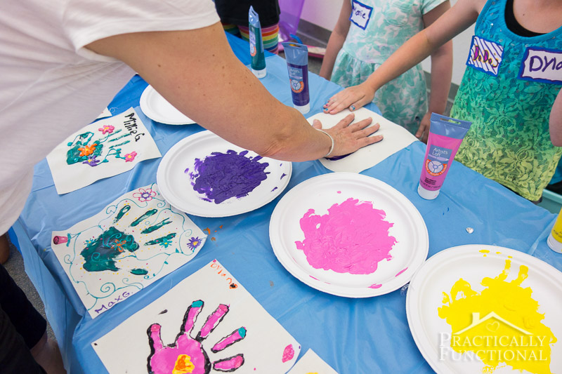 Family Reunion Handprint Crafts 2
