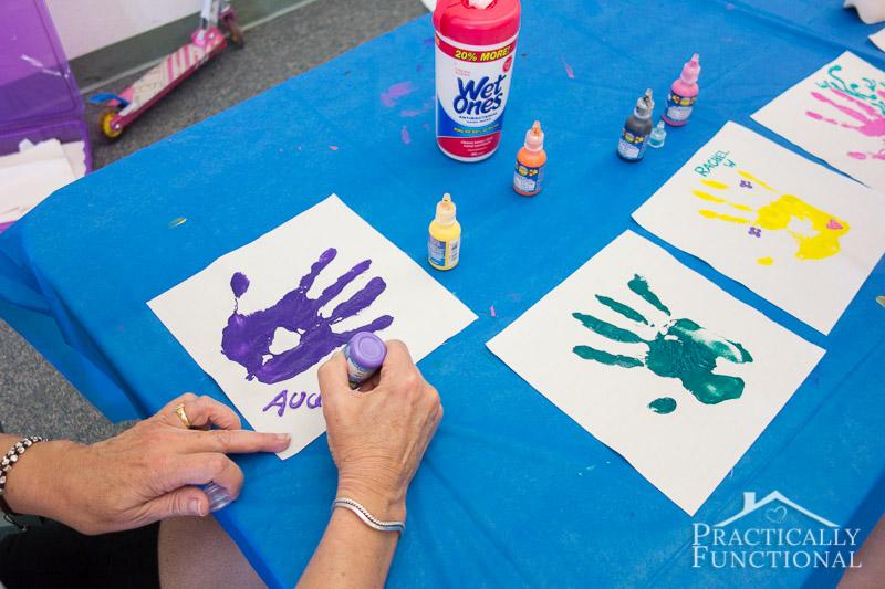 Family Reunion Handprint Crafts 4