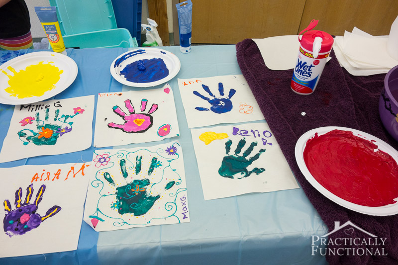Family Reunion Handprint Crafts 6