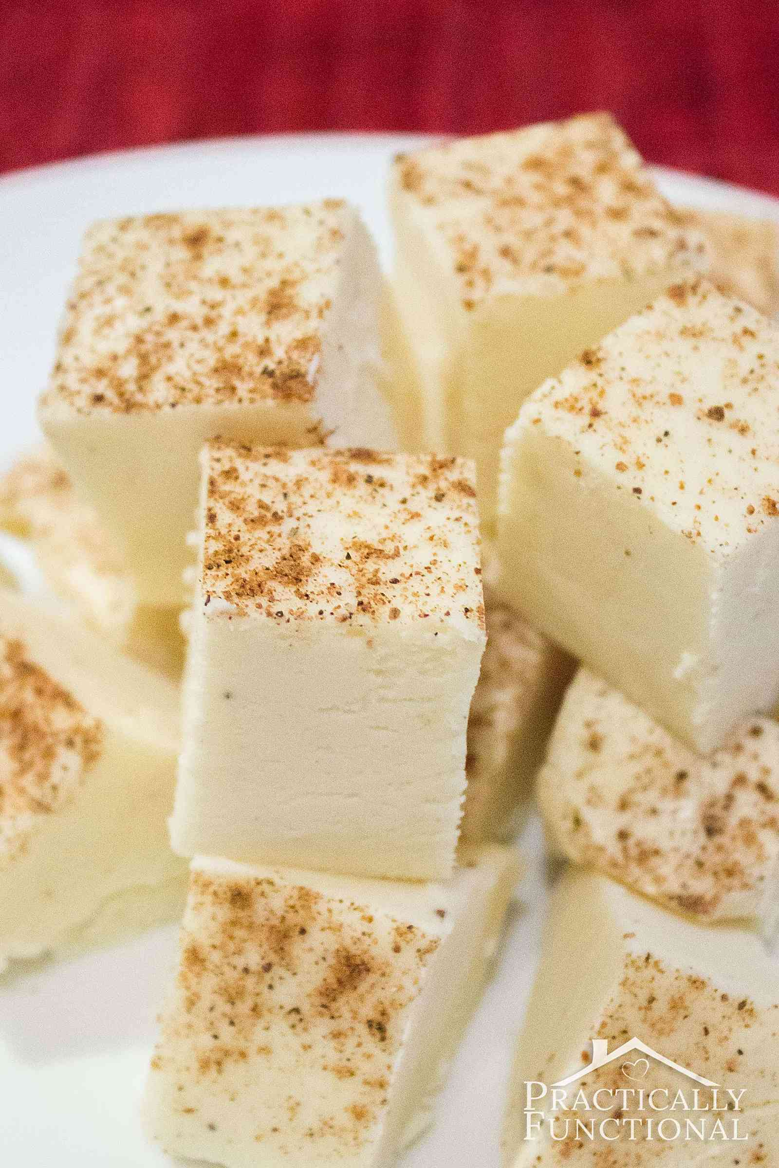 This homemade eggnog fudge recipe looks delicious! So easy to make, and great for holiday gifts!