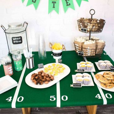 Add a fun customizable message to your football party with this free printable football banner! Includes letters A-Z and numbers 0-9!