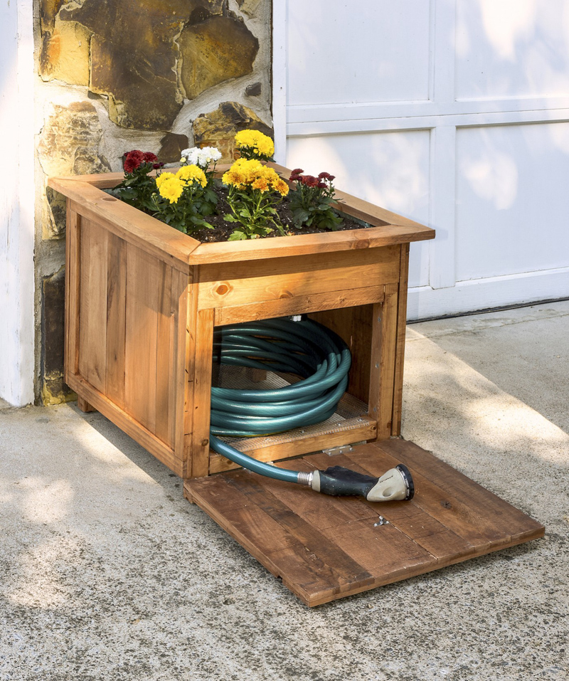 unique water hose holder from pallet wood
