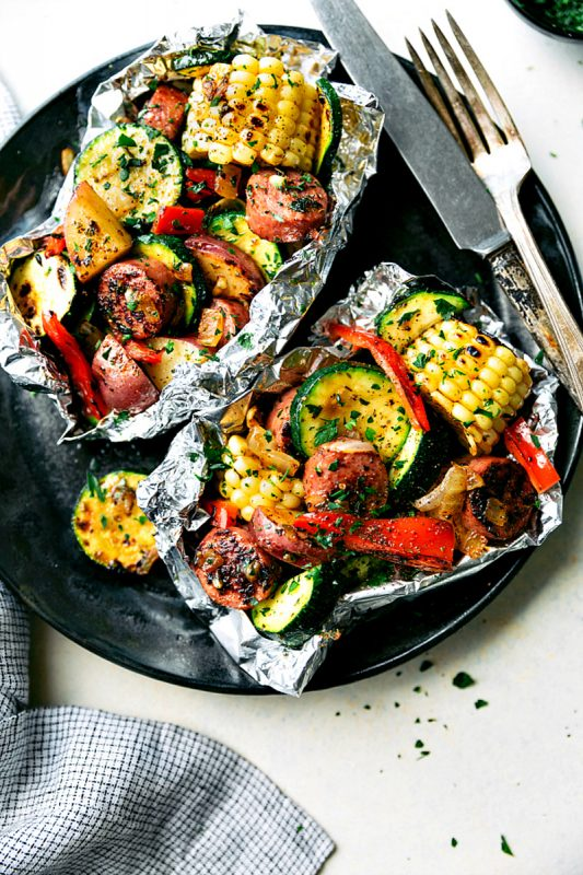 easy tin foil campfire sausage and veggies dinner