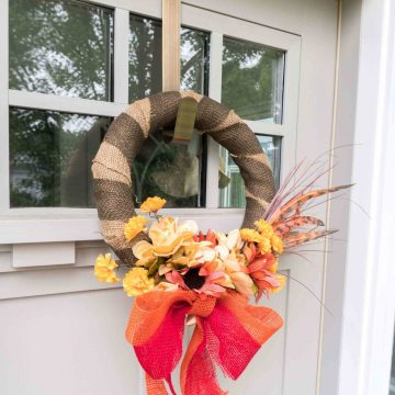 How to make a simple wreath in less than 10 minutes