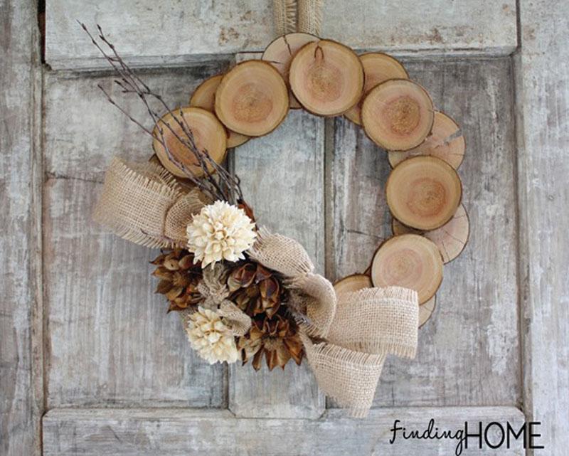 wood and burlap wreath