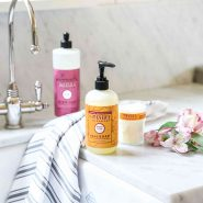 FREE Mrs. Meyer's Fall Scents Kit From Grove Collaborative!