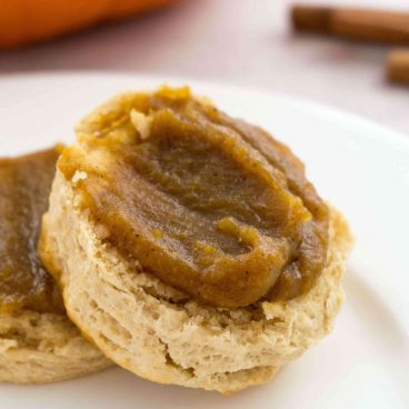 Homemade pumpkin butter in the slow cooker