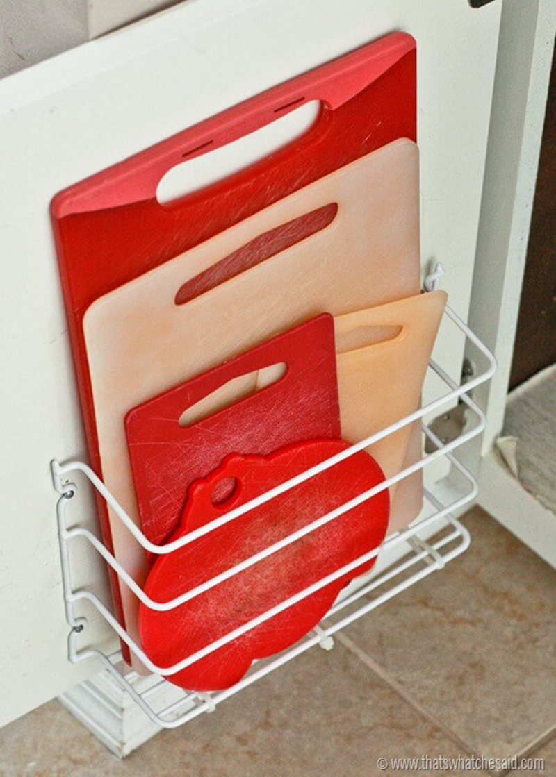 how to organize cutting boards