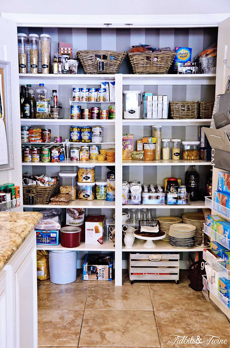 organize your chaotic pantry