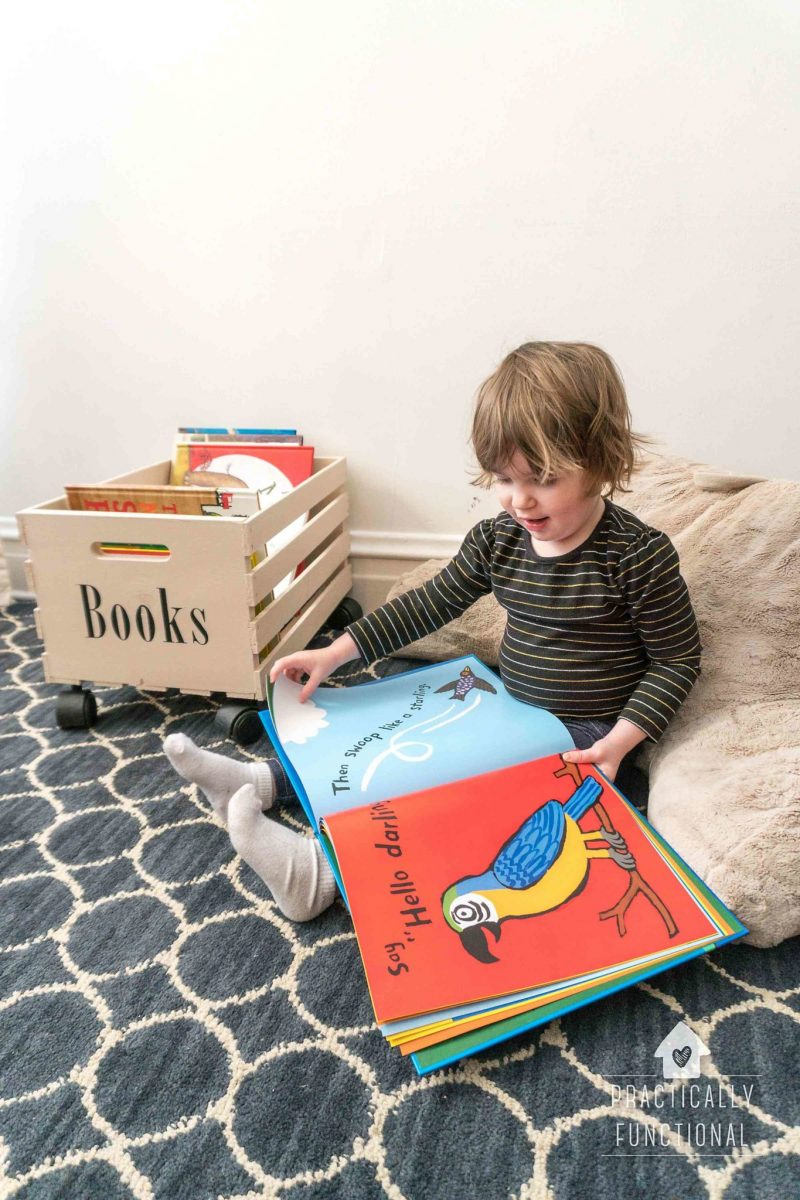 easy DIY crate for toy or book storage