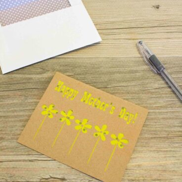 Handmade mothers day card made with a cricut machine