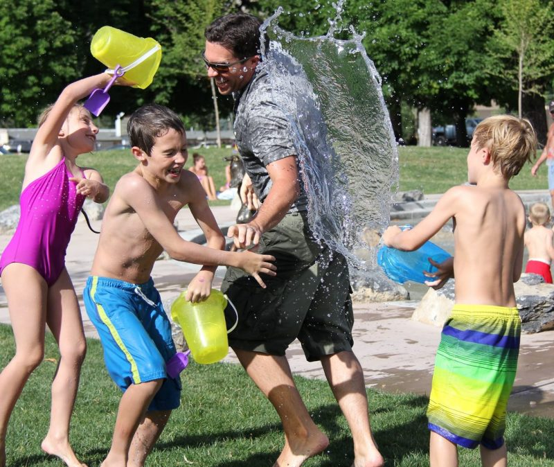 7 summer outdoor kids birthday party ideas water play