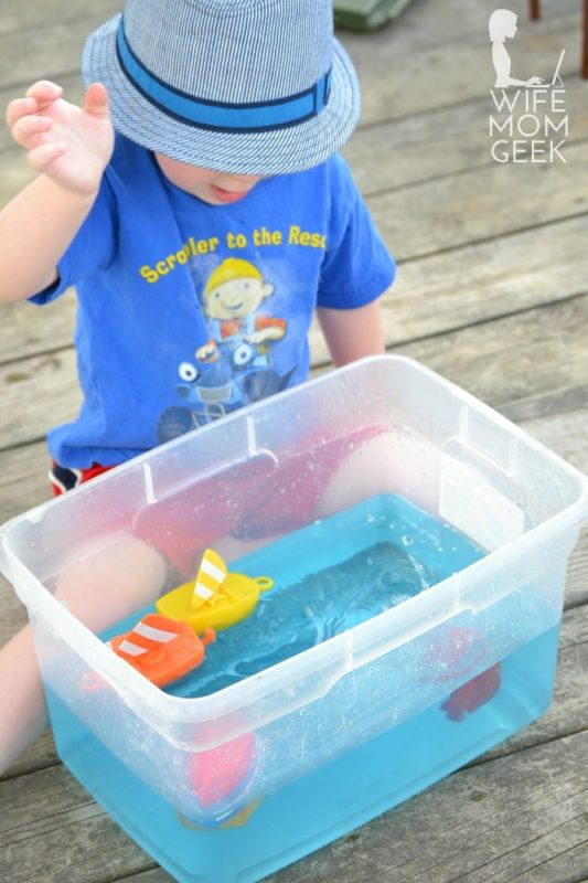 Water sensory play and 23 other fun summer activities for toddlers