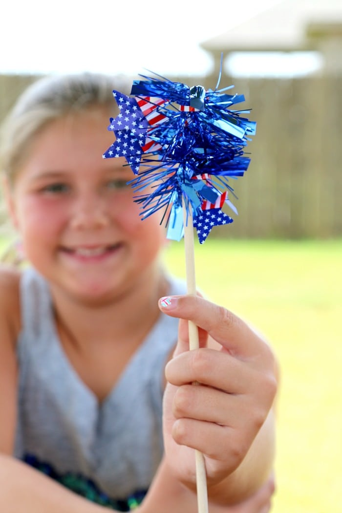 Burn free sparklers and 26 other 4th of july crafts for preschoolers