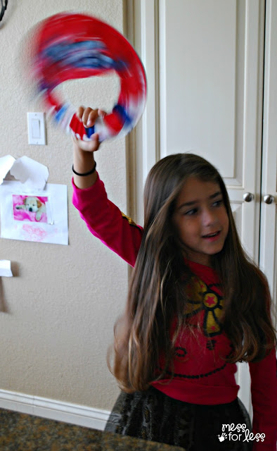 Homemade 4th of july noisemaker and 26 other 4th of july crafts for preschoolers