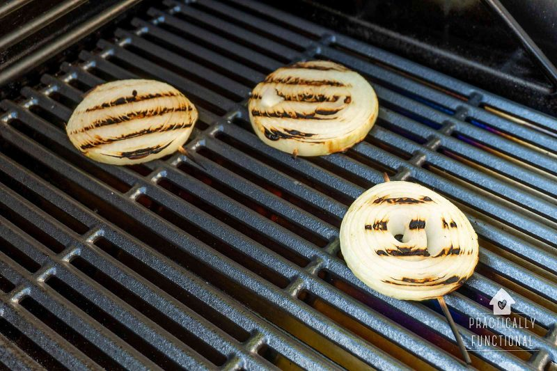 How to grill onions on a gas grill