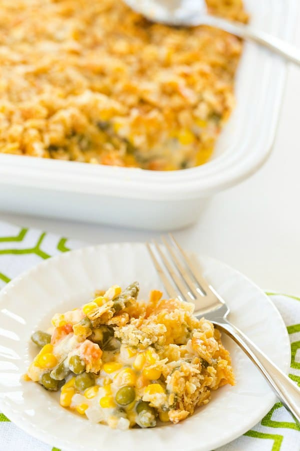 Mixed vegetable casserole and 14 other thanksgiving vegetable side dishes everyone will love