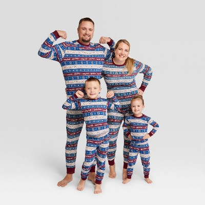 Holiday harry potter family pajamas and 19 other matching family Christmas pajamas that are warm, comfy, and totally budget-friendly!