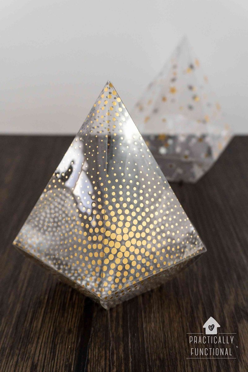 How to make clear party favor boxes out of foil acetate with a cricut maker