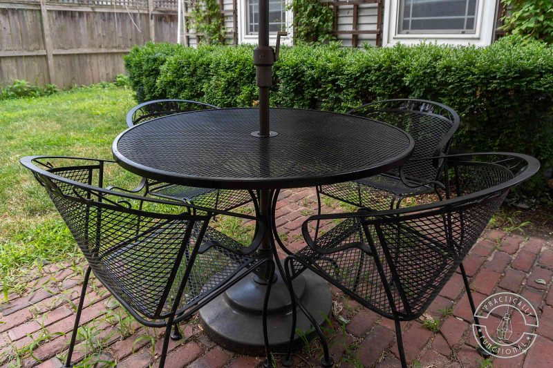 Get a brand new look by spray painting metal patio furniture