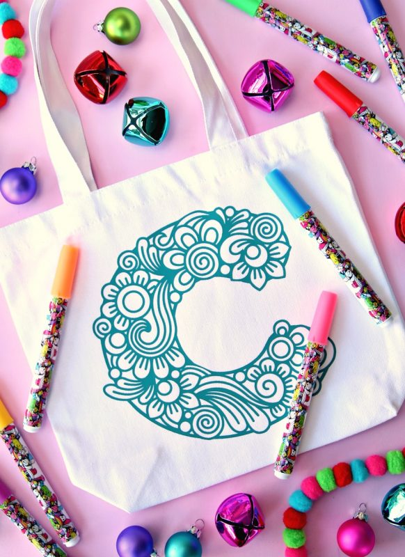 Color your own gift bags 4